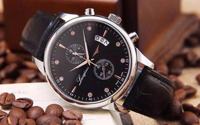 腕表维修中心教你保养腕表