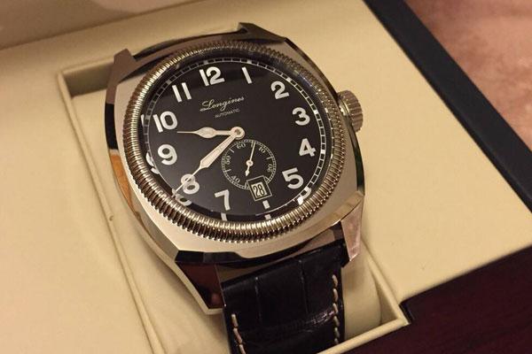 浪琴手表的表壳