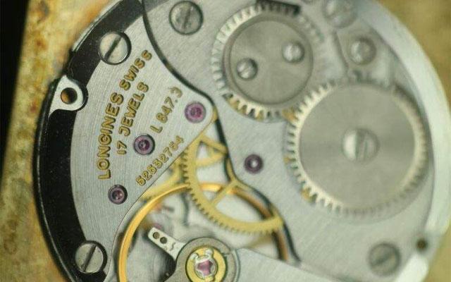 鉴别浪琴手表的常见问题