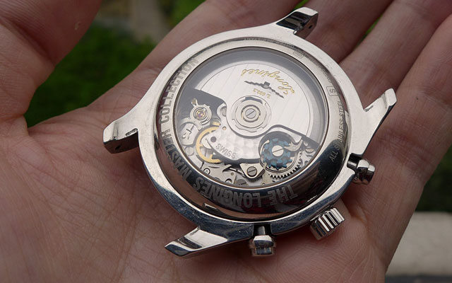 鉴别手表的方法